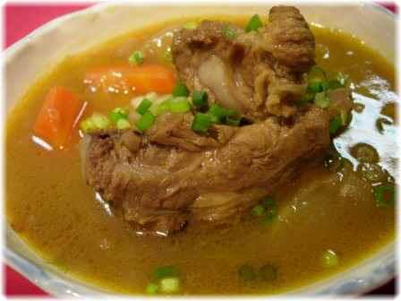 カレースープ(豚骨ベース)